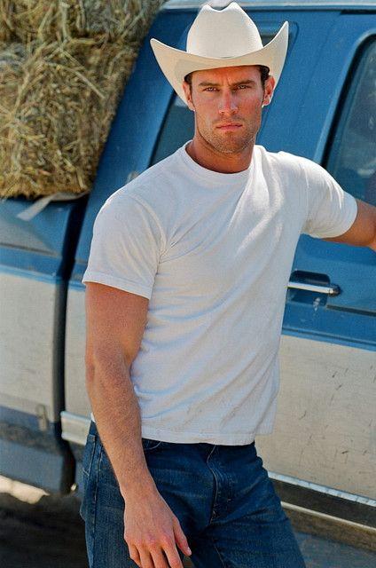 Hot Country Boys  Galsdo u prefer the country cowboys or the city boyz  Mmmm Delish