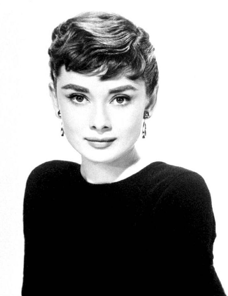Die Besten 25 Audrey Hepburn Stil Ideen Auf Pinterest