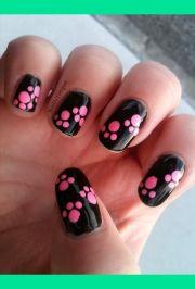 paw print nails ideas