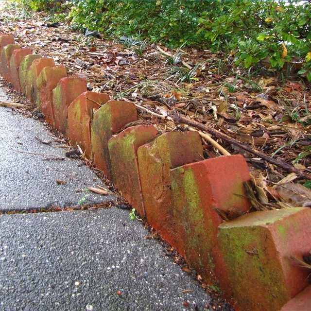 The 25 Best Ideas About Brick Garden Edging On Pinterest Brick
