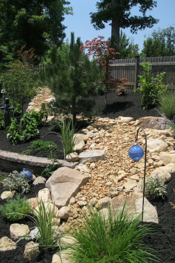 1000 dry river bed
