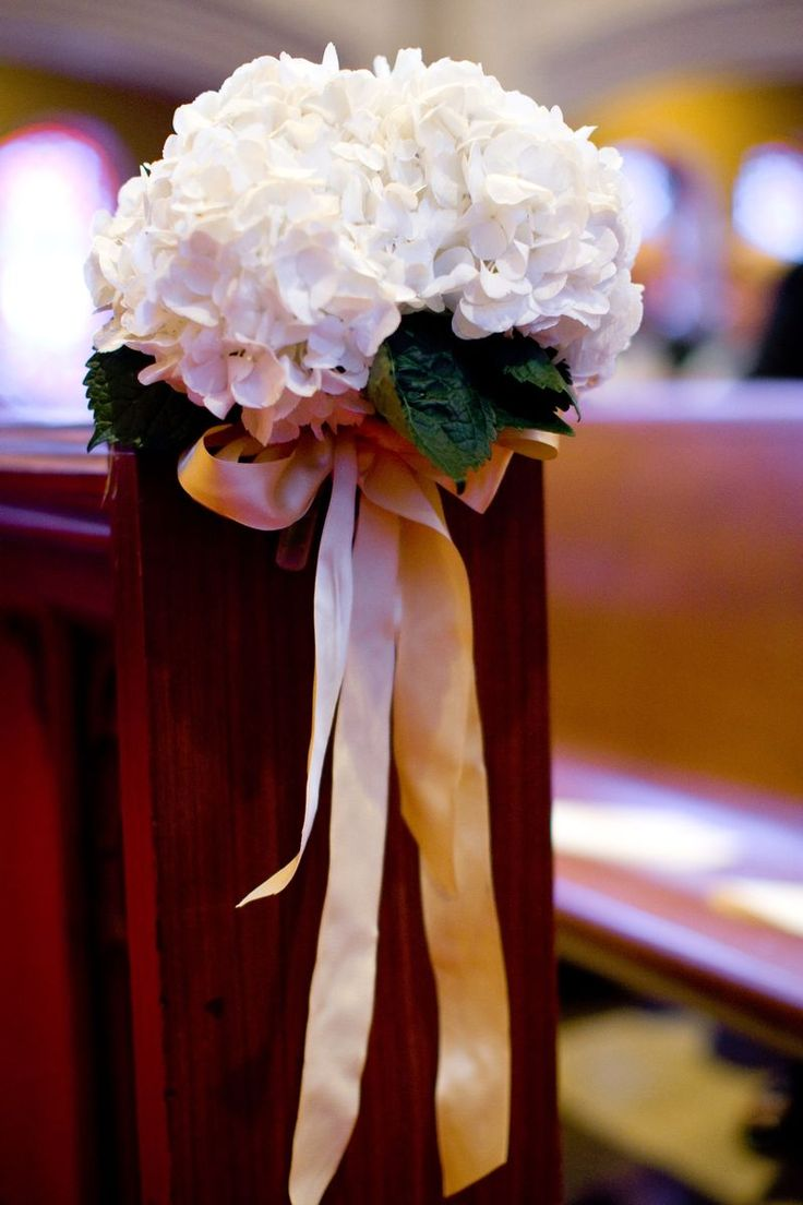 wedding chair covers and bows ergonomic portland oregon 26 best images about wedding: church pew decoration on pinterest | christmas decorations ...