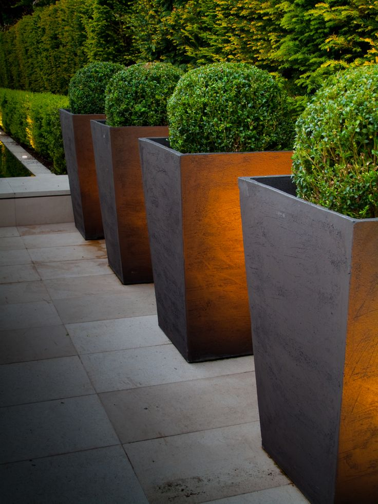 25 Best Ideas About Large Outdoor Planters On Pinterest Large