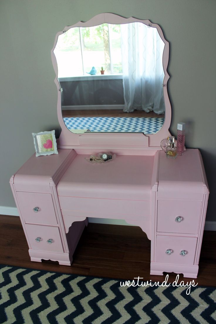 pink chalk painted vintage waterfall vanity  decorating
