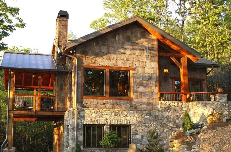 Gorgeous Mountain Home 10 Minutes to Downtown Asheville