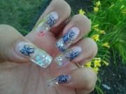 snow globe nails. stuff