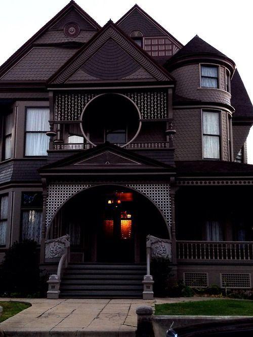 25 Best Ideas About Victorian Gothic Decor On Pinterest Vintage