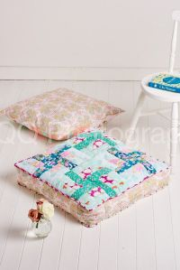 Comfy floor pillows to stitch with December 2015's issue ...