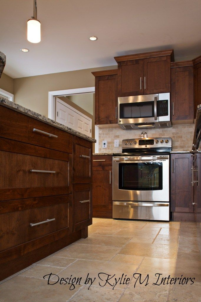 decoratingkitchenremodelwithcherrycabinetstravertine