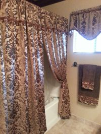 Old-World-Tuscan bathroom idea: Hang lush curtains around ...