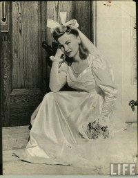 1000+ ideas about 1940s Wedding Hair on Pinterest