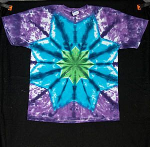 DIY TieDye Star— we need to try this dani