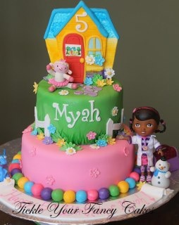 doc mcstuffin chair big round chairs 1000+ images about mcstuffins cakes on pinterest | mcstuffins, hippo cake and