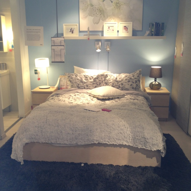 25 best ideas about Small apartment bedrooms on Pinterest