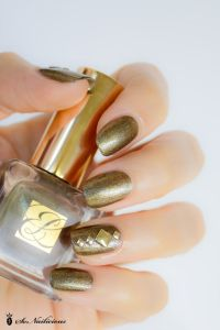 17 Best ideas about Stud Nails on Pinterest | Tan nail ...