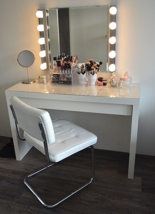 25 Best Ideas about Makeup Tables on Pinterest  Dressing