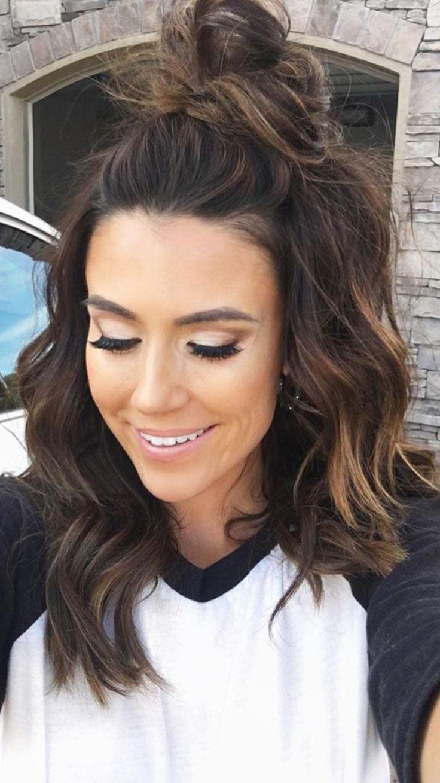 Best 25 Medium hairstyles ideas only on Pinterest  Hairstyles for medium hair Shoulder length