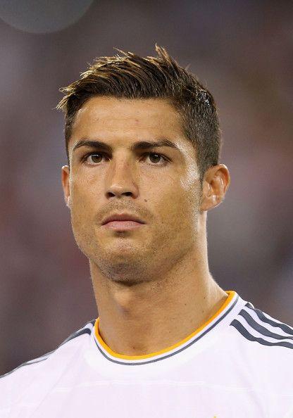 Best 25 Cristiano Ronaldo Haircut Ideas On Pinterest