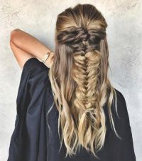 25+ best ideas about Fish Tail on Pinterest   Braid ...