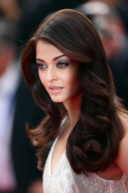 25 Best Ideas About Aishwarya Rai Hairstyle On Pinterest