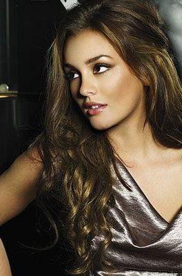 25 best ideas about Pretty girls brunette on Pinterest