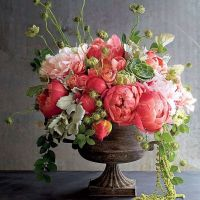 25+ best ideas about Spring flower arrangements on ...