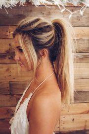blonde high ponytail insta shealeighmills
