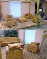 25+ best ideas about Pallet patio decks on Pinterest ...