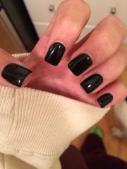 simple black gel nails. short
