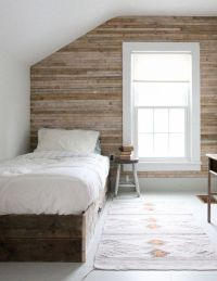 17 Best ideas about Plank Wall Bedroom on Pinterest ...