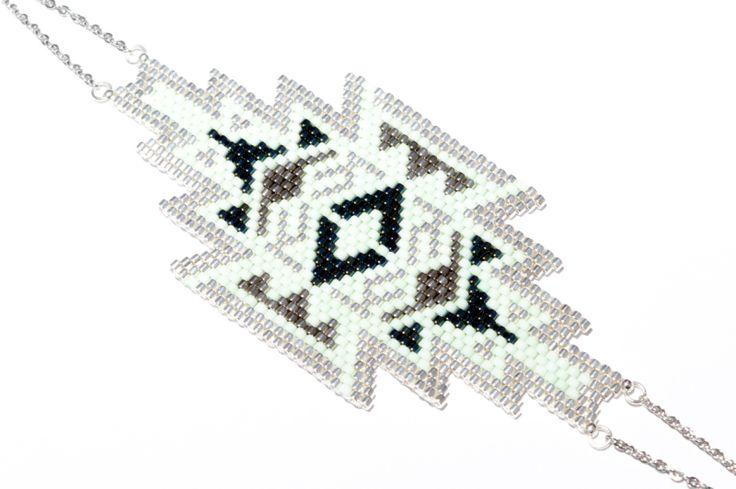 17 Best images about Peyote patterns bracelet on Pinterest