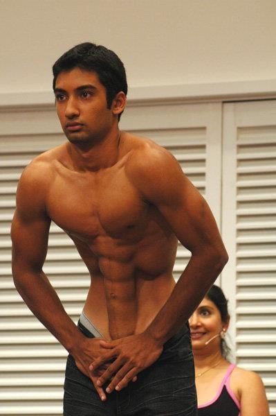 This is Bikrams son Anurag Choudhury demonstrating Nauli