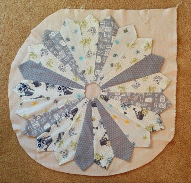 Periwinkle Quilting And Beyond Dresden Plate Table Center Party Recipes Amp Ideas Pinterest