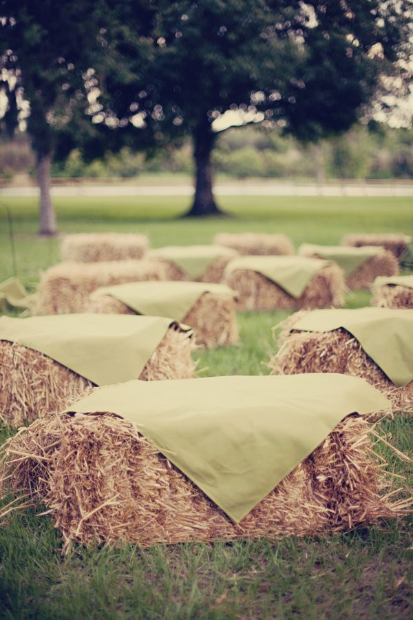 Great idea for a rustic or country wedding