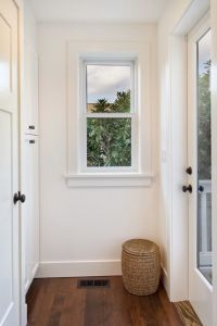 25+ best ideas about Interior window trim on Pinterest ...