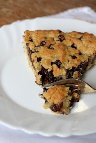 Cookie géant: 180gr farine, 1 cac levure chimique,180gr sucre roux,120gr beurre demi-sel tempéré,1 œuf,150gr chocolat noir