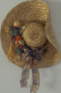 Decorated straw hat for Fall | STRAW HAT DOOR DECOR ...