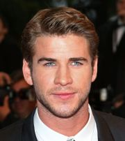 liam hemsworth with -coiffed