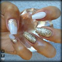 White and gold coffin nails | Nail art and Inspiration ...