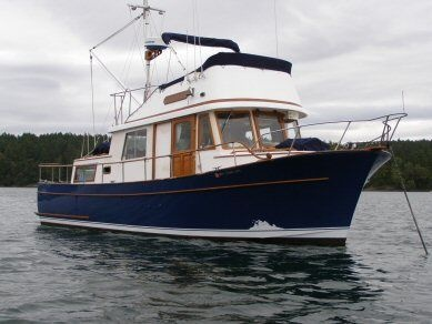 Our 34 Foot Tri Cabin CHB Trawler Herongina And Lowells