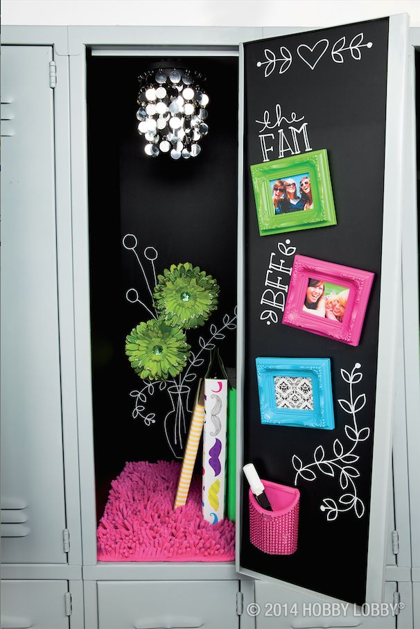Locker Wallpaper For Girls Rock The Chalk Look All The Way To Your Locker With Our