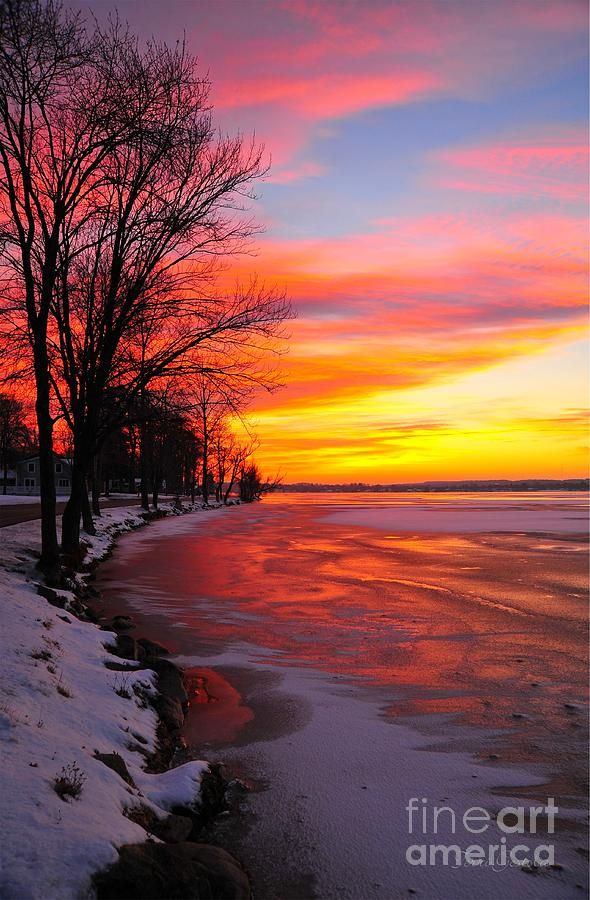 Pure Michigan Fall Wallpaper Beautiful Winter Sunrise On Lake Cadillac Michigan