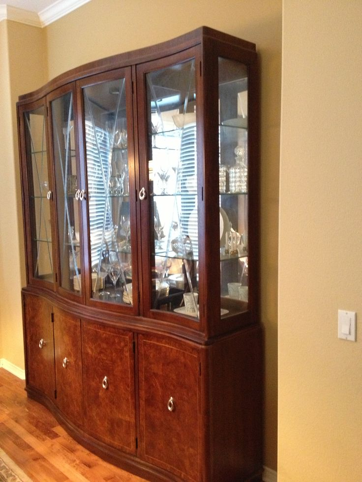 China Cabinet Thomasville Bogart Bel Air And Dining Table
