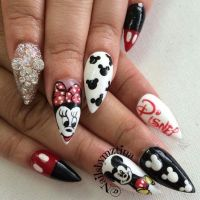 Mickey Mouse Nail Design | Nailed it | Pinterest | Mice ...
