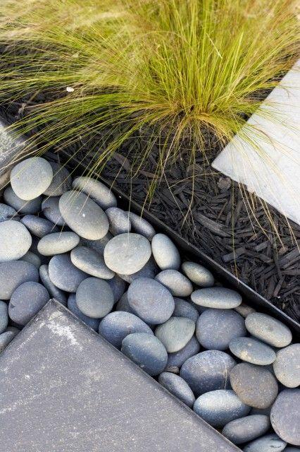 25 Best Ideas About River Rock Landscaping On Pinterest Rock