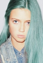 amazing mint hair and eye color