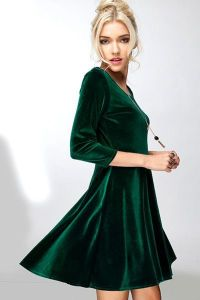 1000+ ideas about Velvet Dresses on Pinterest | Velvet ...