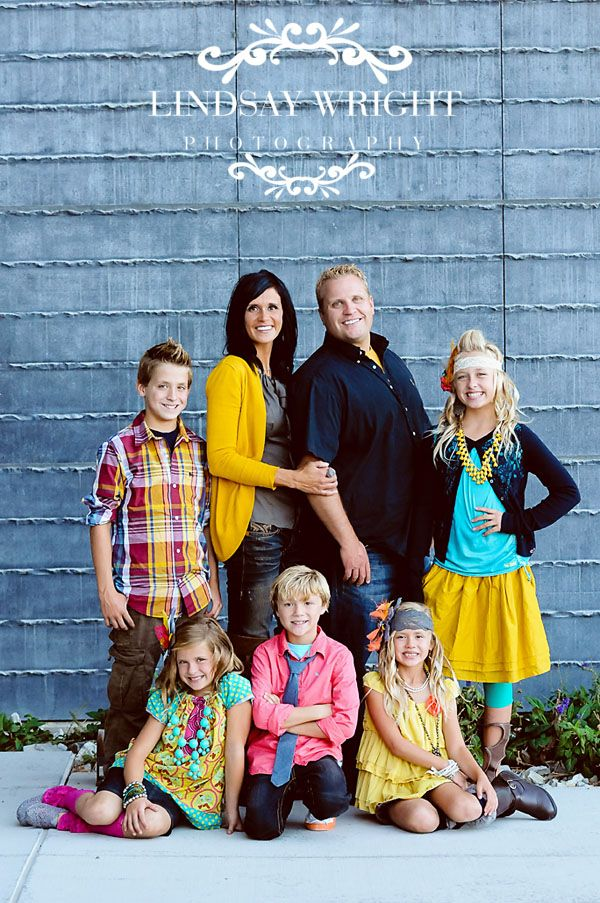 17 Best ideas about Family Picture Colors on Pinterest  Family photography outfits Family