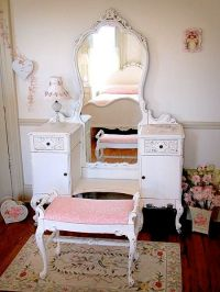 teen girls room dressing table ideas using vintage ...