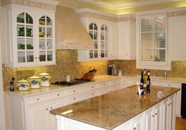 Kitchen Cabinets Backsplash Ideas